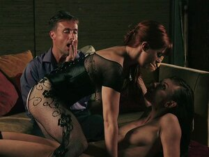 Geiler Kerl fickt zwei Pornostars Penny Pax und Aidra Fox