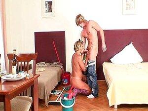 Gipsbein sex mit Gipsbein Sex
