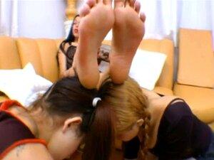 Fetisch Japanisch Lesbisch Fuß kostenlos lesbisch