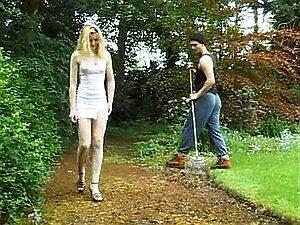 Fickt gärtner Unbefriedigte Hausfrau