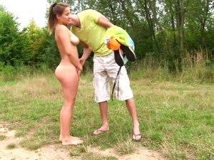 Amateur Mädchen erwischt Ficken