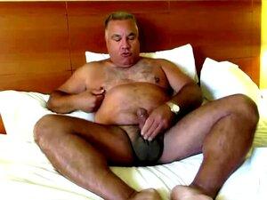 Oso barbudo maduro gay porno Oso Bear Handy Pornos Nurxxx Mobi