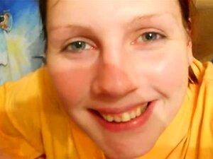 Haley Reed bekommt nach dem POV-Bumsen ihr süßes Gesicht mit Sperma bedeckt