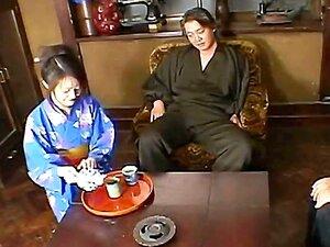 Abgefuckte Teezeremonie mit Geisha Yui Saejima