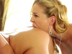 Latina Lesbisch Arschloch Licking