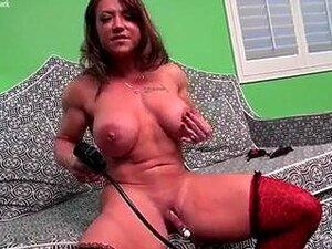 Muskeln nackt frauen Muskulöse Frau