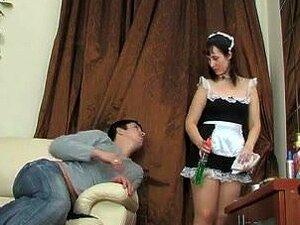 Dienstmädchen porno Dreier mit