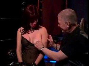 Amateur Nippel spielen Orgasmus