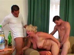Heiß Sexy Oma Flotter Dreier