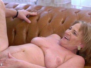 Nackt rentner sex 60 Granny