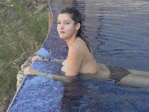 Sarah Grey  nackt