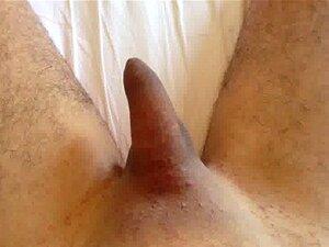 Penis nackt steifen Boys penis,