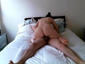 Langsam reitender Schwanz Orgasmus