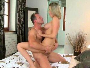 Ornella Morgan hat einen sinnlichen Mitternachtsfick voller Orgasmen
