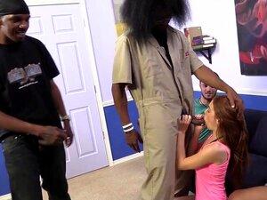 Chanel Preston verwandelt seinen Ehemann in einen Hahnrei, indem er seine schwarzen Freunde fickt