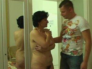 Mann fängt Ehefrau beim Ficken