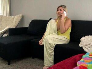 Stiefsohn gibt Mama Massage