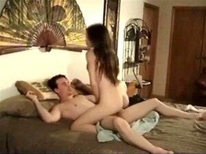 Sex erwischt beim schwester Mutter Erwischt