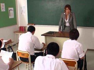 Schüler fickt seine geile Lehrerin Jun Sena nach den Vorlesungen