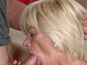 Spritzen den mund oma in Sperma im